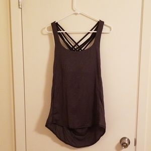 Lululemon workout top EUC